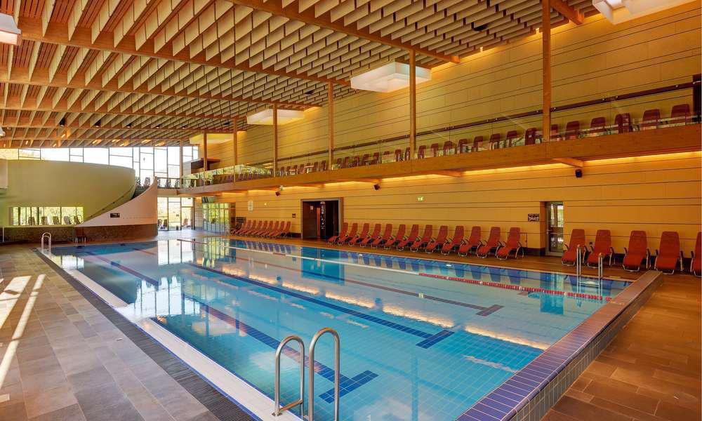 Für Sie kostenlos: Schwimmen & Wellness im Aquaforum