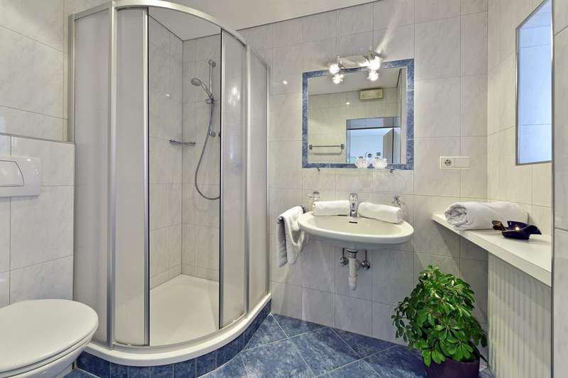 wohnung-gravensteiner-dusche