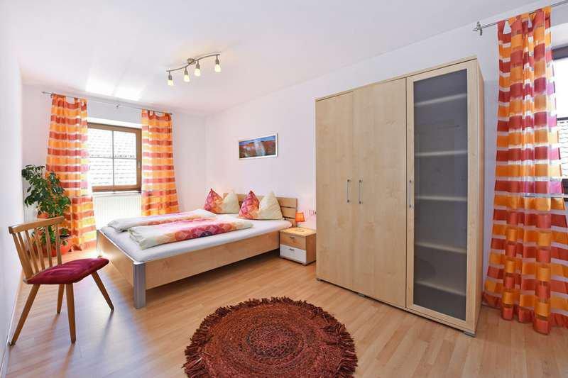 wohnung-jonagold-schlafzimmer
